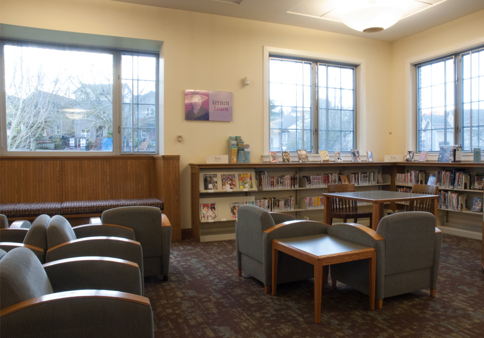 Library patron seating area at the Columbia Branch