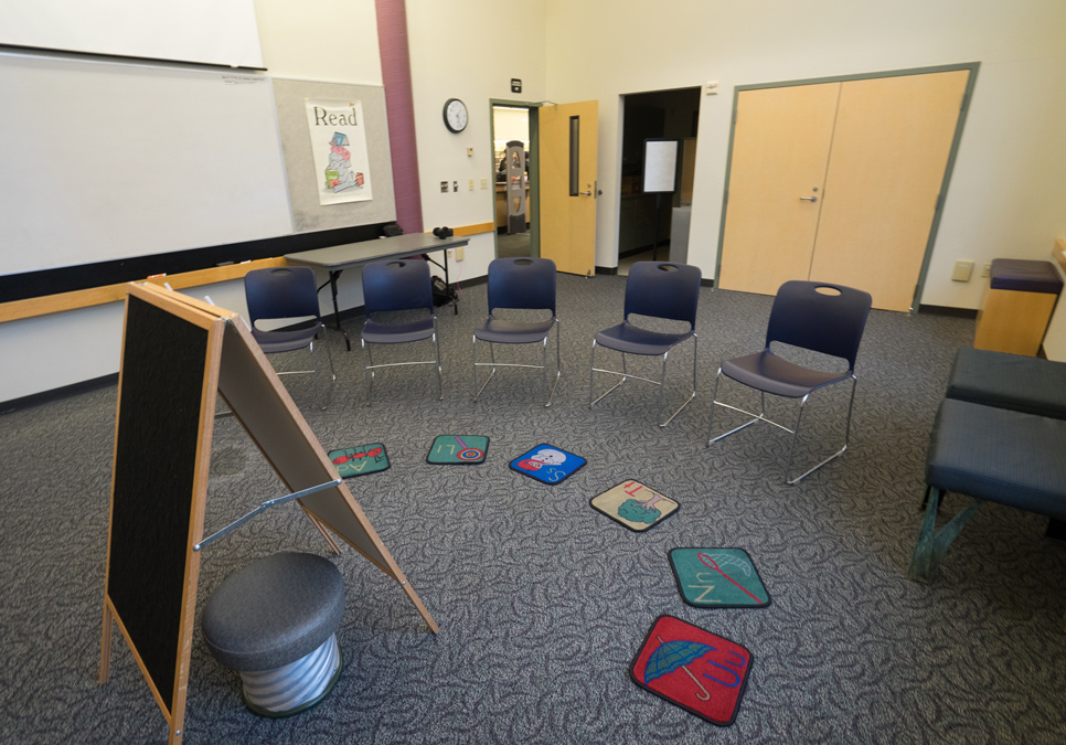 Meeting room area at the Delridge Branch