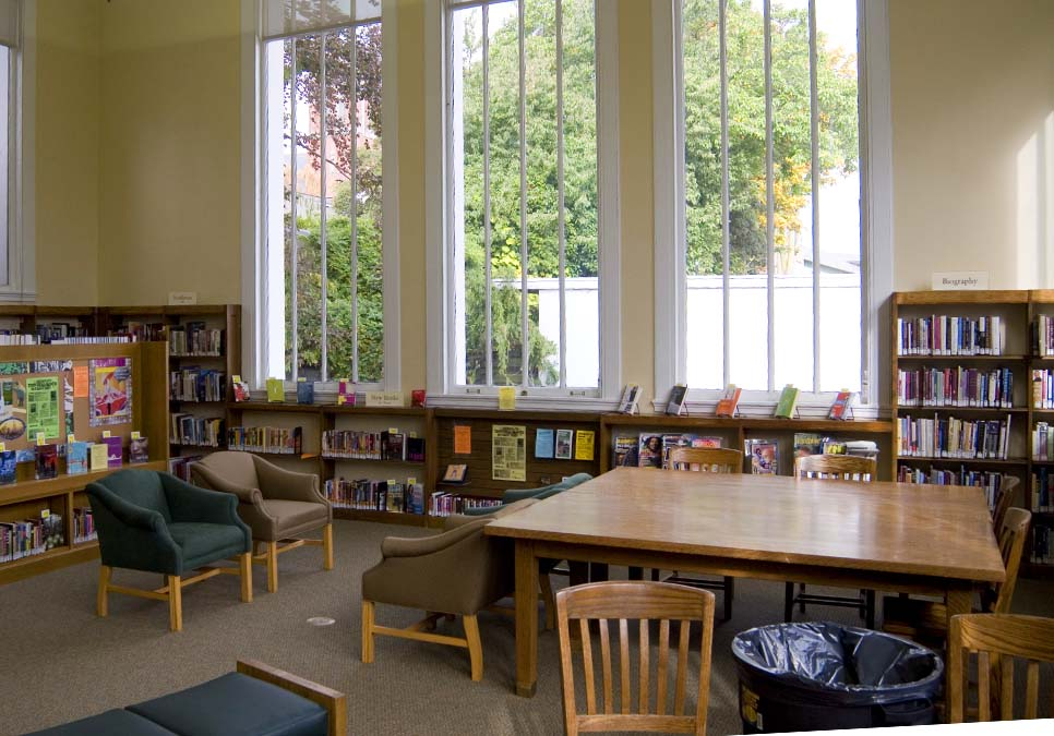 Teen area at the University Branch